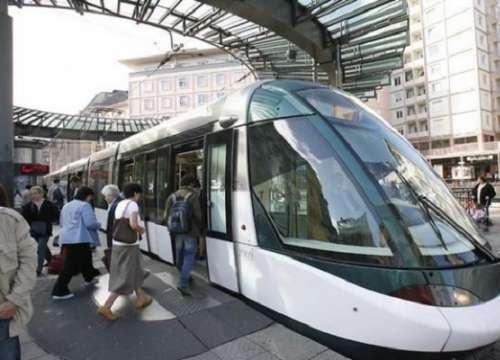 Tìm hiểu các phương tiện giao thông công cộng tại Canada trước khi đi du lịch