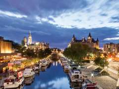 Đi Canada nên mua gì?