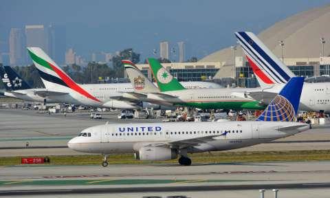 Đặt vé máy bay đi Canada United Airlines