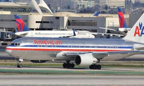 Đặt vé máy bay đi Canada American Airlines