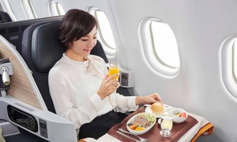 Thực đơn trên chuyến bay EVA Air có những gì