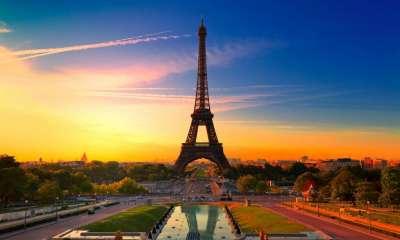 Vé máy bay Eva Air đi Paris