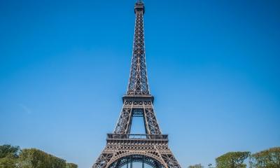 Vé máy bay EVA Air giá rẻ đi Paris – Pháp