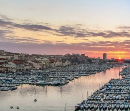 Vé máy bay EVA Air giá rẻ đi Marseille – Pháp