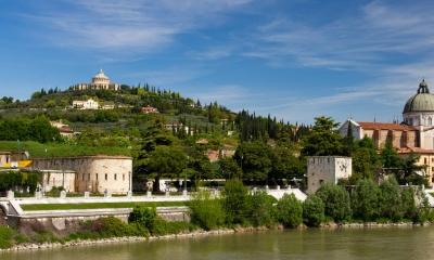 Vé máy bay EVA Air giá rẻ đi Verona – Ý