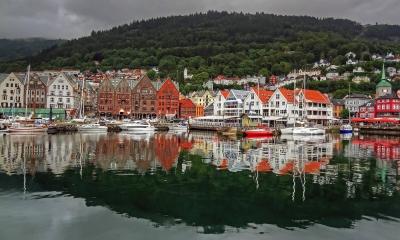 Vé máy bay giá rẻ đi Bergen hãng EVA Air