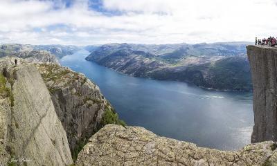 Vé máy bay giá rẻ đi Stavanger hãng EVA Air