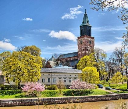 Vé máy bay giá rẻ đi Turku hãng EVA Air