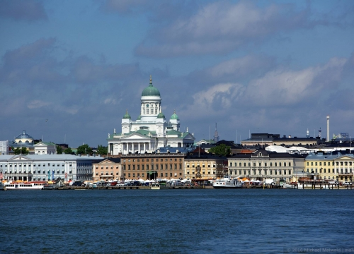 Vé máy bay giá rẻ đi Phần Lan hãng EVA Air