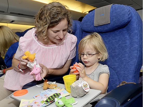Kinh nghiệm cho trẻ đi máy bay