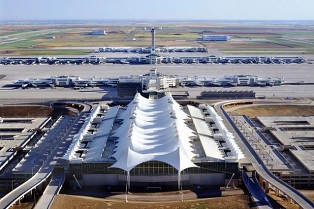 ve-may-bay-denver-gia-re-eva-airFentress-DenverAirport-09 [Anh Denver My]